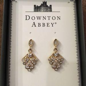 Downton Abbey Earrings NWT 🎁❤️